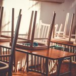 Szkoły i placówki opieki nad dziećmi zamknięte do 8 lutego